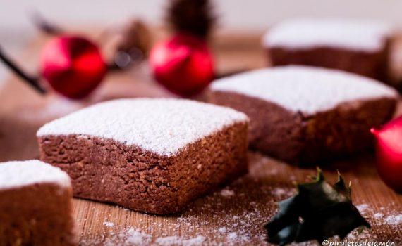 Polvorones de almendra y cacao-Piruletas de jamón- Blog de cocina