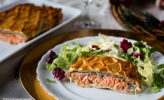 Salmón en hojaldre-Piruletas de jamón- Blog de cocina