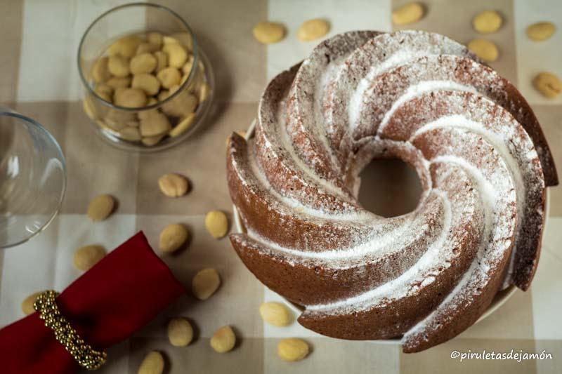 Bizcocho de mazapán |Piruletas de jamón- Blog de cocina