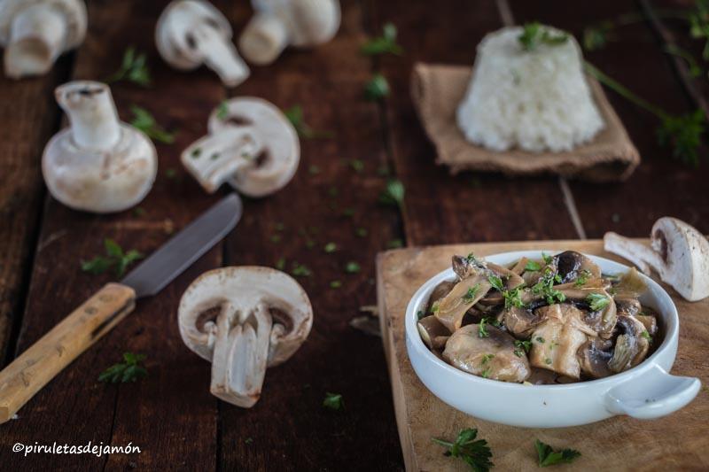 Champiñones al ajillo |Piruletas de jamón- Blog de cocina