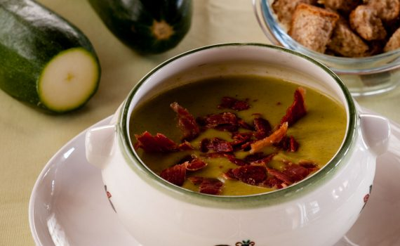 Crema de caalabacín-Piruletas de jamón-Blog de cocina