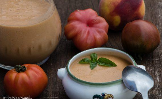 Gazpzcho de melocotón-Piruletas de jamón-Blog de cocina