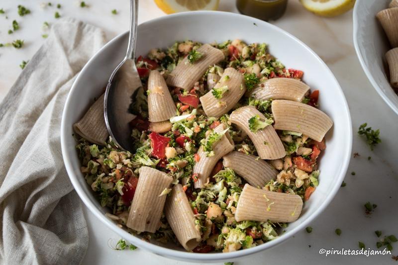Ensalada de brócoli |Piruletas de jamón- Blog de cocina