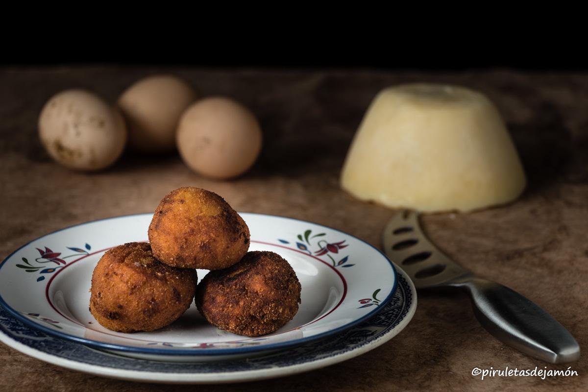Croquetas de queso Casín |Piruletas de jamón - Blog de cocina
