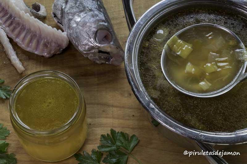 Caldo de pescado |Piruletas de jamón- Blog de cocina