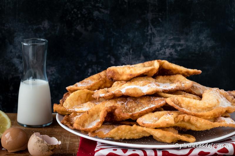 Orejas de carnaval | Piruletas de jamón - Blog de cocina